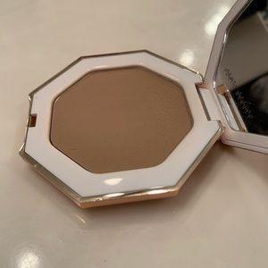 Fenty Beauty Makeup - Fenty Beauty Bronzer